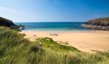 Poldhu-Cove-Beach-Cornwall