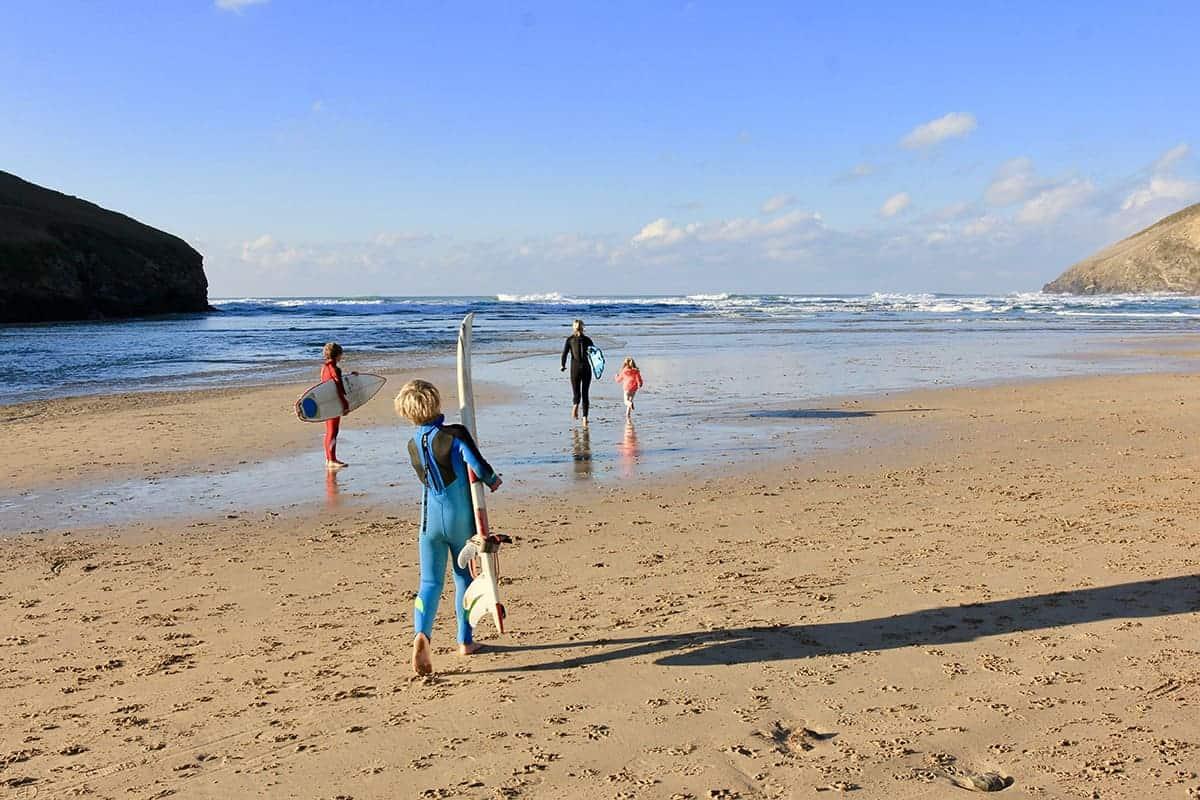 family surf cornwall, mawgan north, family surf co