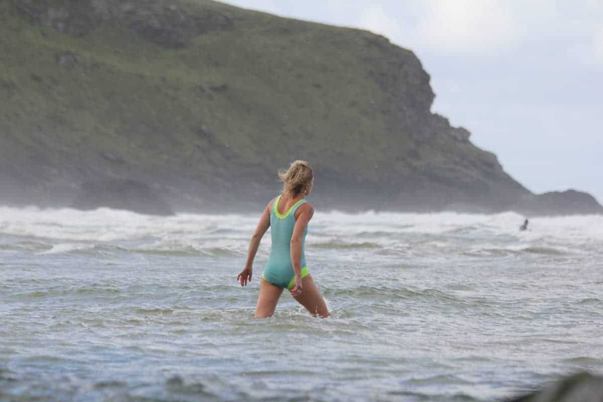 Wild swim, Mawgan Porth, Family Surf Co, Coldwater swimming, Cornwall