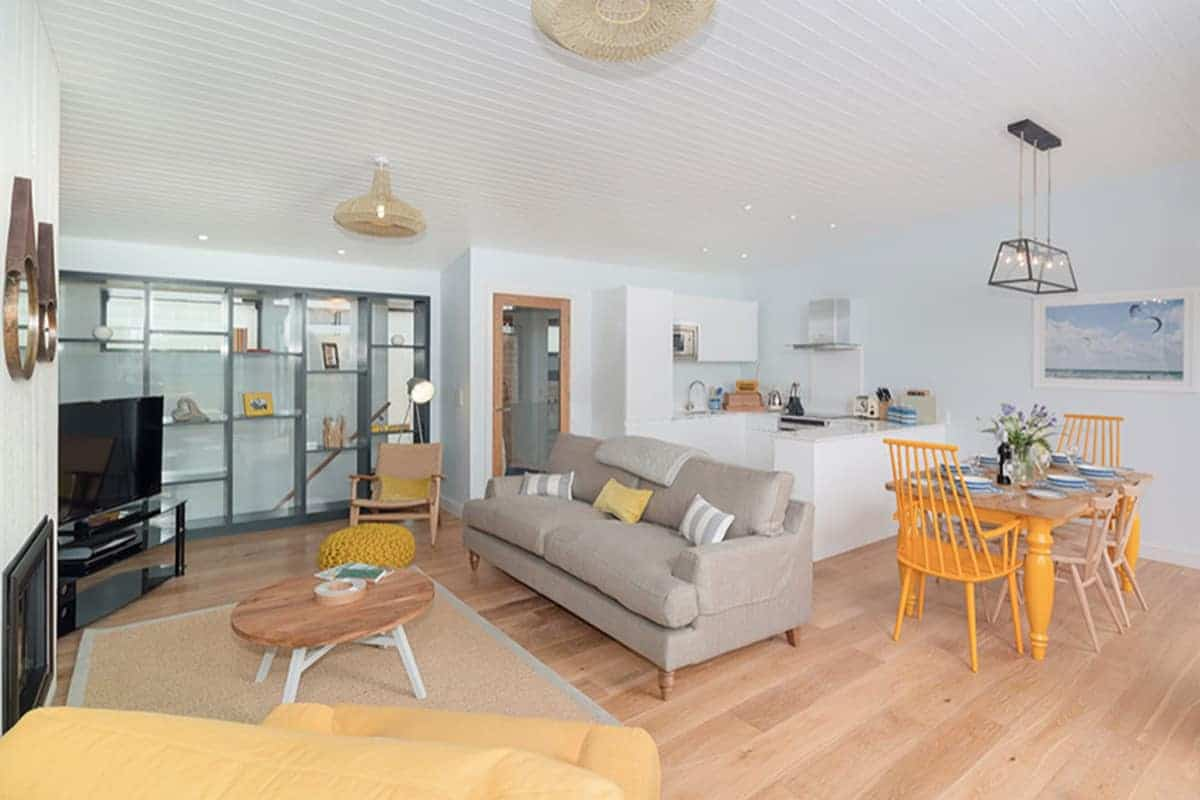 Village apartment, Family Surf Co. Watergate Bay, Mums family surf breaks,
