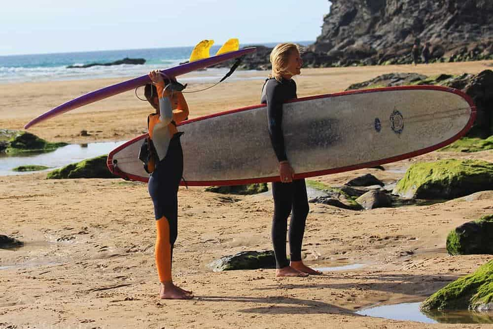 Surfing family, Mawgan Porth, Cornwall, Mums Family Surf Breaks, Surfer mum, Family Surf Co